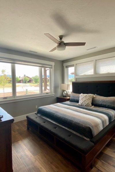 17 Creekside bedroom 1